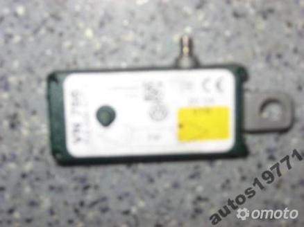 VW TOUAREG 5.0 TDI WZMACNIACZ ANTENOWY 7L6035577C