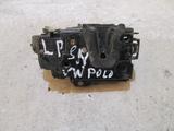 VW POLO 9N ZAMEK LEWY PRZÓD A3B1837015