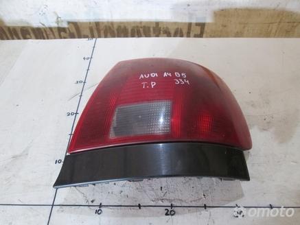 AUDI A4 B5 LAMPA PRAWY TYŁ