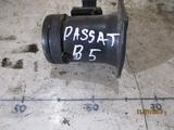 VW PASSAT B5 PRZEPŁYWOMIERZ 058133471