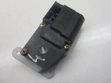 SILNICZEK NAWIEWU KIA CARNIVAL H40072-0022