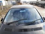 MERCEDES W211 KRATKA WLOT POWIETRZA MASKI