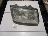 LAMPA PRZEDNIA PRAWA VW BORA I JETTA IV 98-05