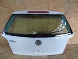 VW Polo IV 9N 01- tylna klapa bagażnika biała