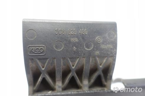 VW Passat CC RYGIEL PRZEDNIEJ MASKI 3C8823480