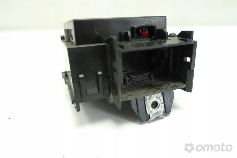 VW Passat CC 2.0 TDI STACYJKA włącznik zapłonu