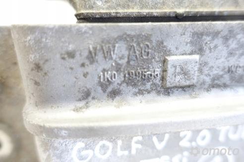 VW Golf V 2.0 TFSI turbo PODUSZKA SILNIKA łapa