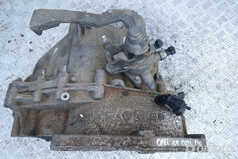 Opel Astra H 1.9 CDTI SKRZYNIA BIEGÓW F40 manual