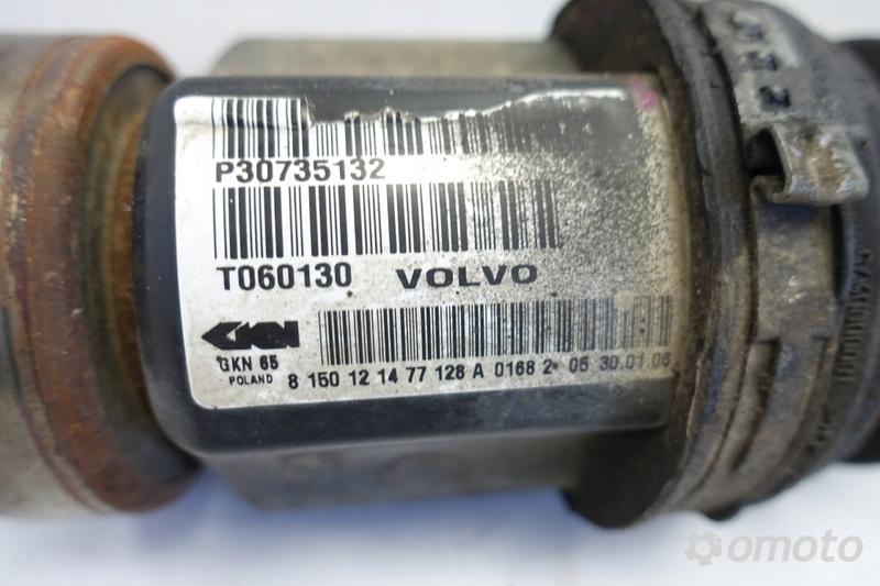 Volvo V70 II XC70 PRAWA PRZEDNIA PÓŁOŚ półośka Aut