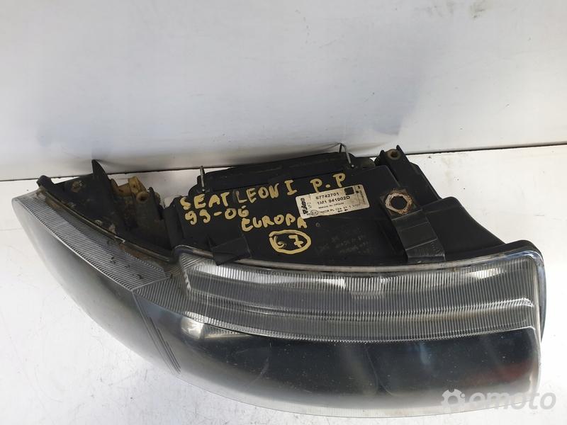 Seat Leon I 99-06r PRZEDNIA LAMPA PRAWA europa