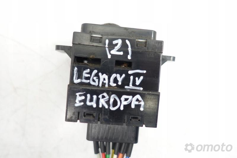 Subaru Legacy IV PRZEŁĄCZNIK GRZANIA FOTELI