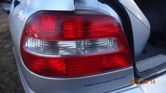 Volvo S40 lift 01-04 lampa tył lewy