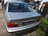 BMW E36 KLAPA BAGAŻNIKA SDN ARKTISSILBER