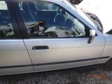 BMW 3 E36  DRZWI PRAWE GOŁE ARKTISSILBER