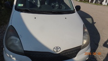 Toyota Yaris Verso 99-02 Maska kolor 068