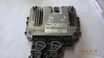Renault komputer 8200705747