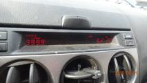 Mazda 6 02-05 wyświetlacz 4 przyciski