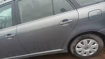 Toyota avensis t25  03- drzwi tył lewe kombi 1e5 g