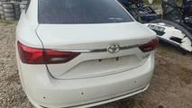 Avensis t27 16- lift zderzak tył sedan 070
