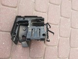 Plastik mocowanie skrzynki  VW Passat B6 2.0 TDI