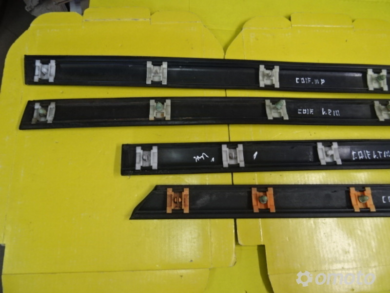 LISTWA LISTWY DRZWI VW GOLF III 91-99 5D HB