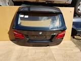 BMW F45 LCI KLAPA BAGAŻNIKA 475