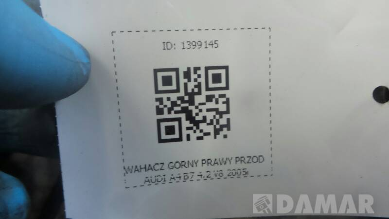 WAHACZ GORNY PRAWY PRZOD AUDI A4 B7 4.2 V8 2005r