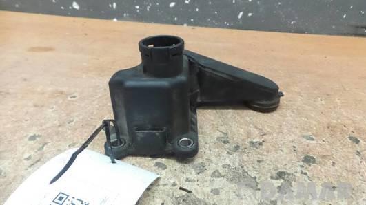048103772 KROCIEC WODY VW PASSAT B3 2.0