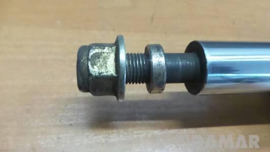 1X4318045AG AMORTYZATOR PRAWY JAGUAR X-TYPE 2.5 V6