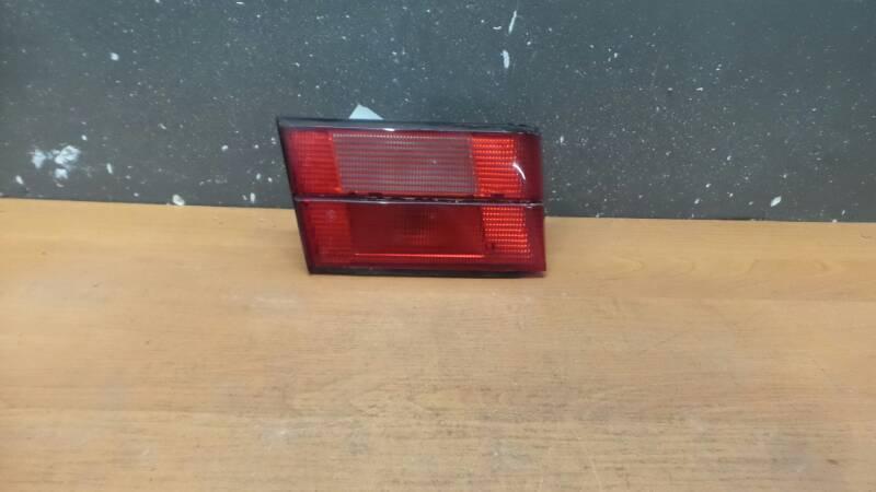 1384011L  LAMPA TYL LEWA BMW E34 SEDAN HELLA
