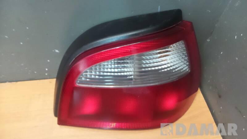 LAMPA TYL PRAWA LAMPA MEGANE LIFT HELLA 7700428321