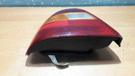 LAMPA LEWA HONDA CIVIC VI HB 96r BRITAX EUROPA
