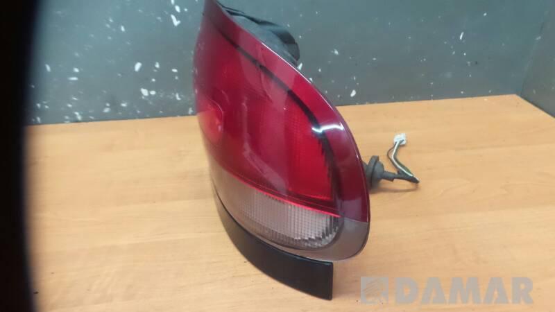 043-1392R LAMPA PRAWA MAZDA 626 IV GE 96r  LISTWA