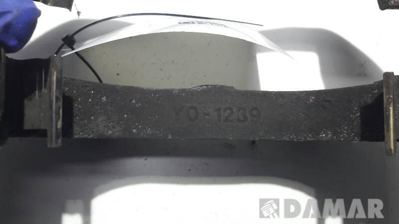 Y0-1239 JARZMO PRAWE PRZOD FIAT STILO 1.6