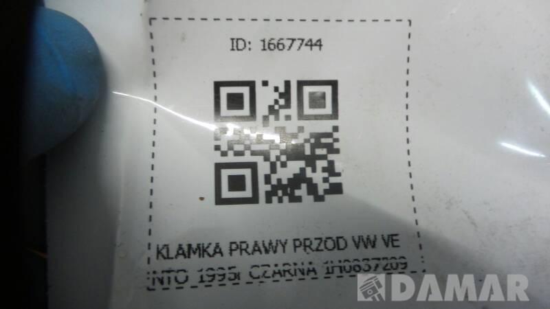1H0837209 KLAMKA PRAWY PRZOD VW VENTO 1995r CZARNA