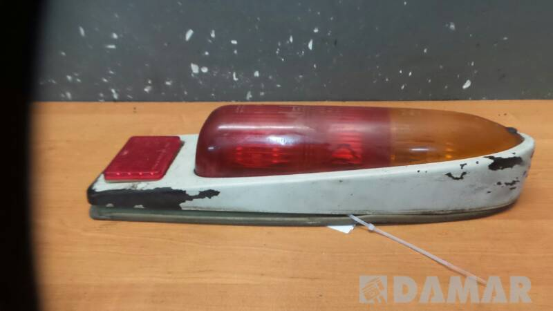 G08028  LAMPA LEWA TRABANT 601 1983r
