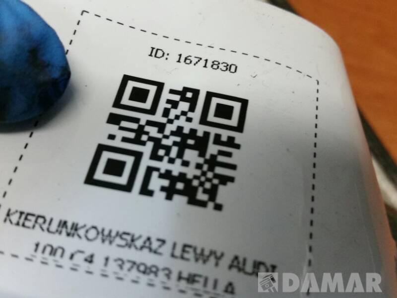 137983 KIERUNKOWSKAZ LEWY AUDI 100 C4 HELLA