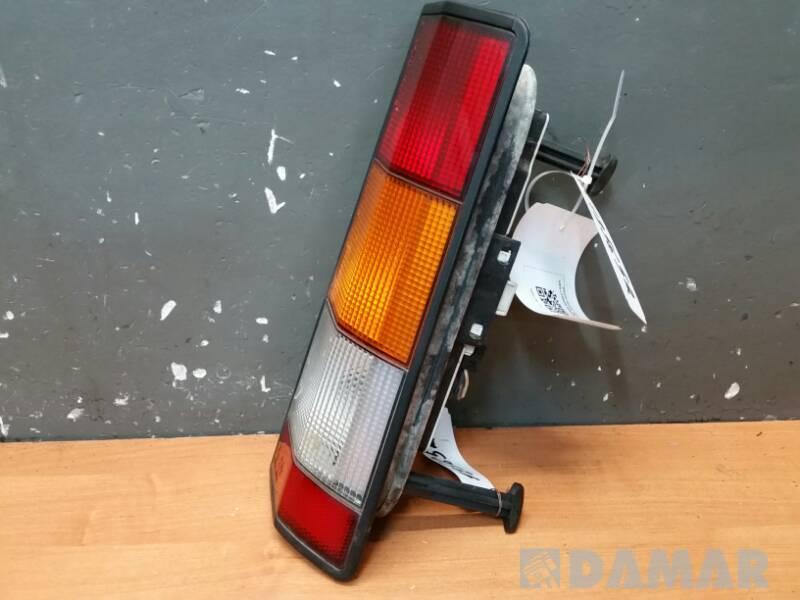 SEIMA 20990D LAMPA PRAWA RENAULT RAPID F40 86r