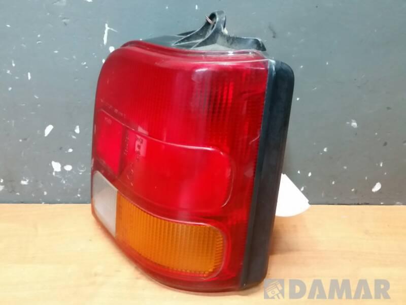 LAMPA PRAWA DAIHATSU COURE III 93r ICHIKOH 4686