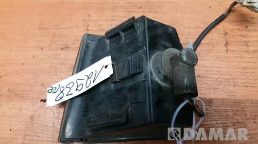 357953050A KIERUNKOWSKAZ PRAWY VW PASSAT B3 HELLA