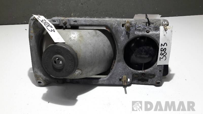301-124501 REFLEKTOR LEWY VW PASSAT B2 32B KOMBI