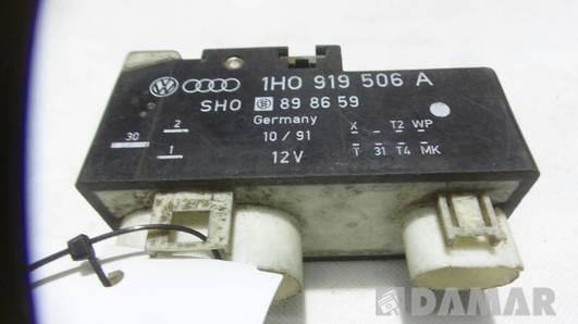 1H0919506A  PRZEKAZNIK WENTYLATORA VW GOLF III 1.8
