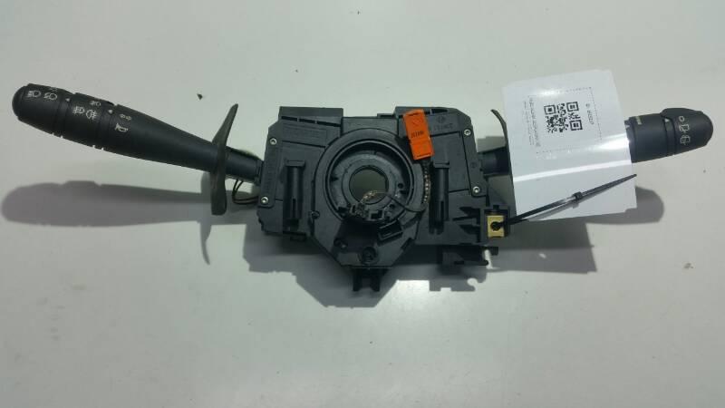 7701045279 PRZELACZNIK ZESPOLONY RENAULT CLIO II