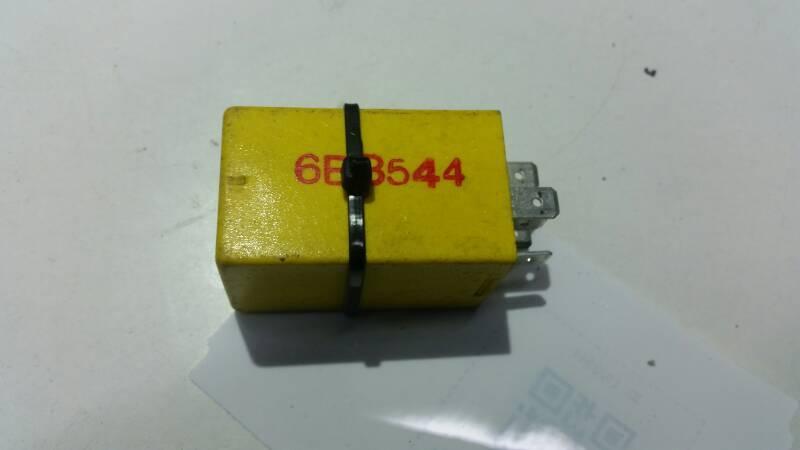 85GG13C718AA PRZEKAZNIK FORD  12V
