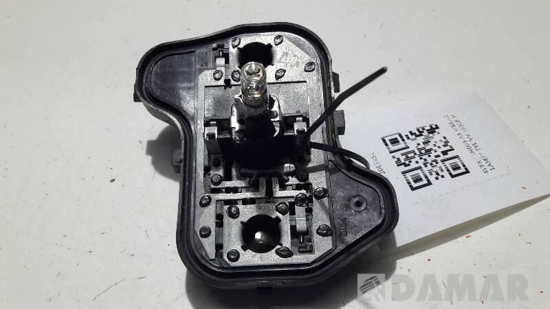 4VFX-13N005-AA WKLAD LAMPY TYL VW GOLF V