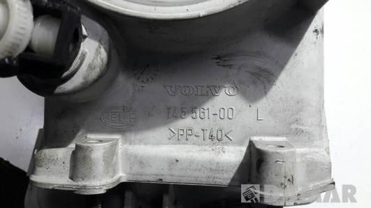 145561-00 REFLEKTOR PRAWY VOLVO V40 S40 96-98R