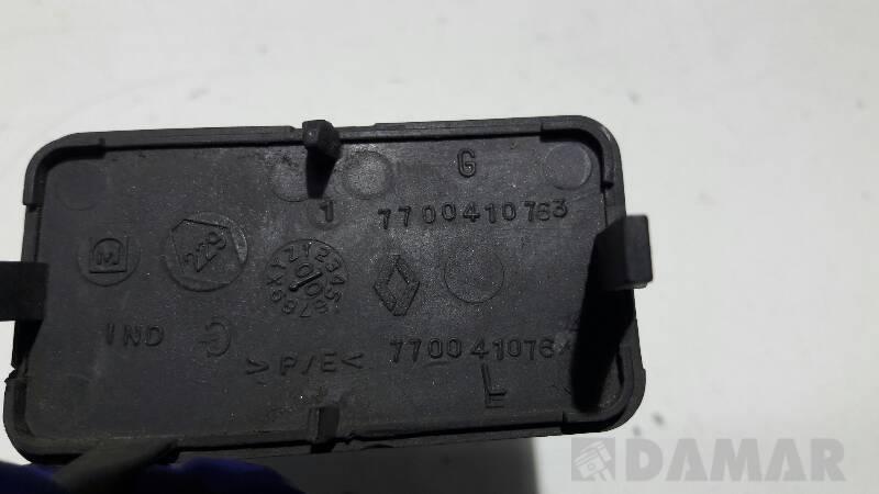7700410763E ZASLEPKA ZDERZAKA TYL RENAULT CLIO II