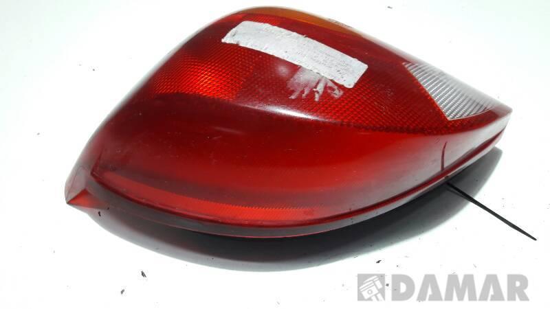 393856 LAMPA PRAWA TYL FORD FIESTA MK4