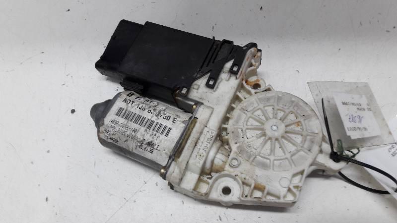 101386-100 SILNICZEK SZYB PRAWY TYL VW GOLF 4