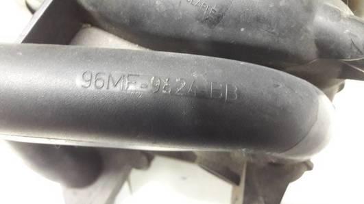 96MF-9424-BB KOLEKTOR SSACY FORD FIESTA MK4 1.25